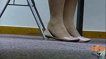 stocking shoeplay in flats