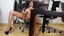 venus lux rubs one out watching porn