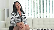 Well rounded milf Ria Black fingers her breedab... Thumbnail