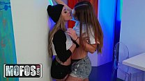 Download video bokep Girls Gone Pink - (Kali Roses, Kendra Heart) - ... 3gp terbaru
