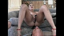 Glamour pussy first squirt