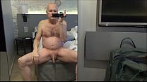 Ulf Larsen pee in hotel in Oslo and appartment ... thumb