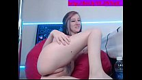 sexy girl playing with her pink pussy