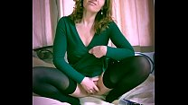 Beautiful hot brunette british milf inserts deo...