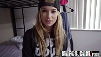 Mofos - I Know That Girl - Cumming of Age – Par...
