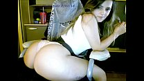 sexydea fingering herself on live webcam