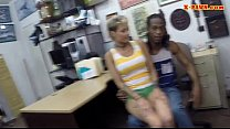 Black guy pawns his GFs pussy and nailed at the pawnshop