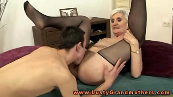 granny pussy Eating