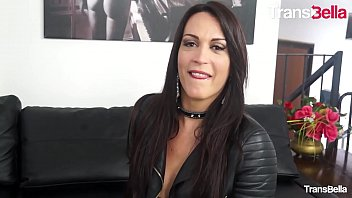 Transbella - #erika Lavigne - Milf Tgirl Takes And Gives Anal Love To Her Lovers