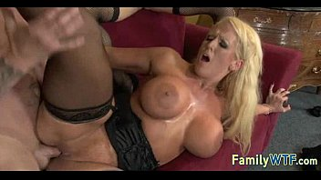 xxarxx Mom and daughter threesome 0005