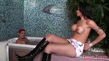 Travesti de Itapevi (SP) transando no motel