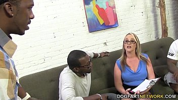 thumb Busty Cougaree Siren Loves Double Penetration