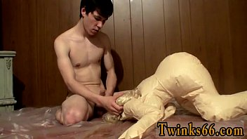 Sucking cock a doll to piss all over...