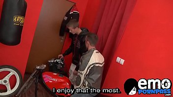 Biker twink cums hard after getting analled by...