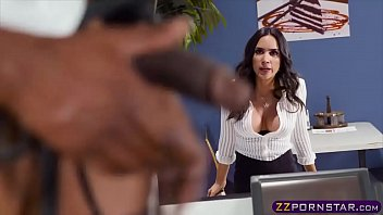Office chick gets fucked doggystyle by the lunch guy