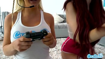 Lesbian Teen her Step-sister to eat her pussy after playing video games