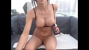 Sweet amateur chick Myrna Joy shows her tits outside