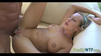 xxarxx Mom and daughter threesome 1122