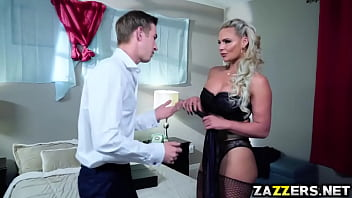 Free download video sex Danny D anal fuck Phoenix Marie on top of his cock online
