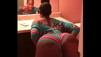 cover video Sexy Black Girl Twerking