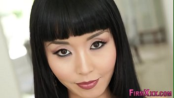 xxarxx Asian cutie gets facial