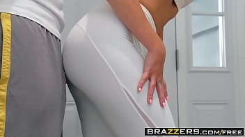 Real Wife Stories - His Wife Squats (On My Dick) scene starring Jaclyn Taylor & Keiran Lee