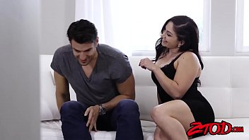 thumb Curvy Milf Lea Lexis Gets Pussy Licked Before Being Pounded