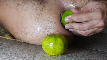 Inserting a lemon in my big asshole