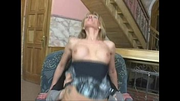 Jennifer Love fucks a 12 inch cucumber