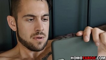 Download video sex hot Step brother caught me watching gay porn excl Mp4