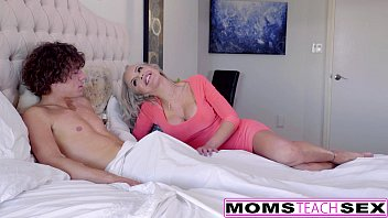 Naughty Blondes Alexa Grace & Nina Ella Hot Threeway!