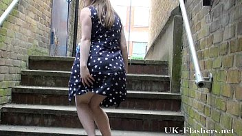 Uk teen blonde exhibitionism outdoors of sexy young...