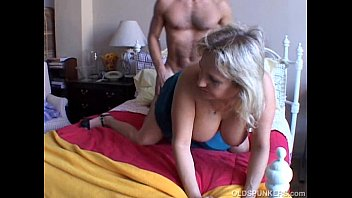 Chubby babe sex with older guy