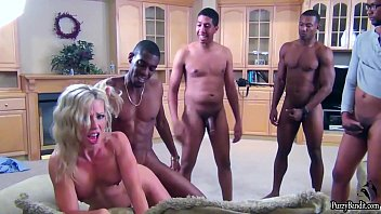 Watch video sex Gang Bang Line HD in TubeXxvideo.Com
