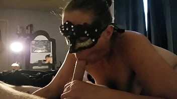 Hot cougar gets mouth fucked by younger guy