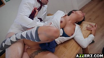 Seductive student roxxy lea bangs with her prof Thumb15