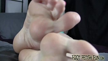 Suck on my sweet little toes