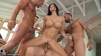 Aletta Ocean loves to get gangbanged