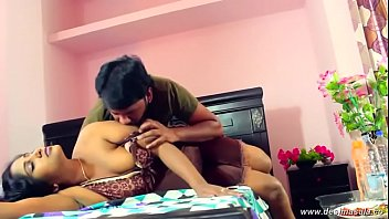 Boob press navel kiss romance with young guy...