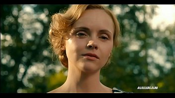 Christina ricci - z the beginning of everything - s01e01