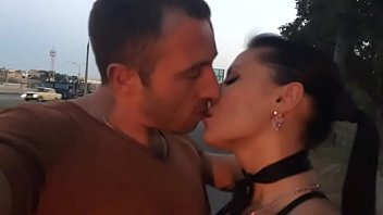 French Kissing on the road