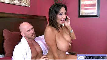 Hardcore sex tape with busty gorgeous wife (tar...