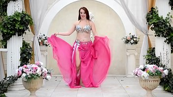 xxarxx Cute Russian Belly dancer