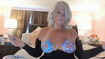 Rosie Body Painting Sexy Camshow...