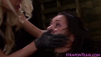 Bdsm domina strapon slave