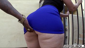 Fat ass brunette lady virgo tries interracial a...