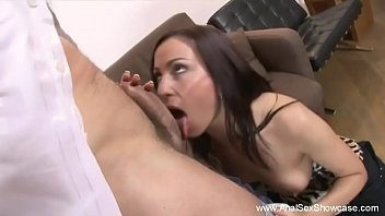 thumb Doctor Gives Milf Rough Anal Sex