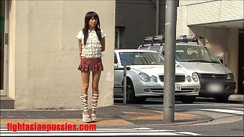 2 guys rip apart this tiny japanese slut and cum in her mouth  #39184