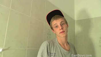 Blond twink - casting
