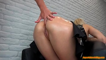 thumb Daddy Does Daughter On